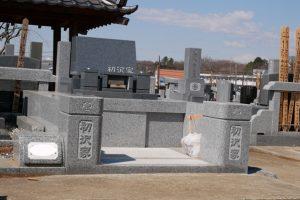 福島県産十万石青みかげと茨城県産真壁青小目のお墓