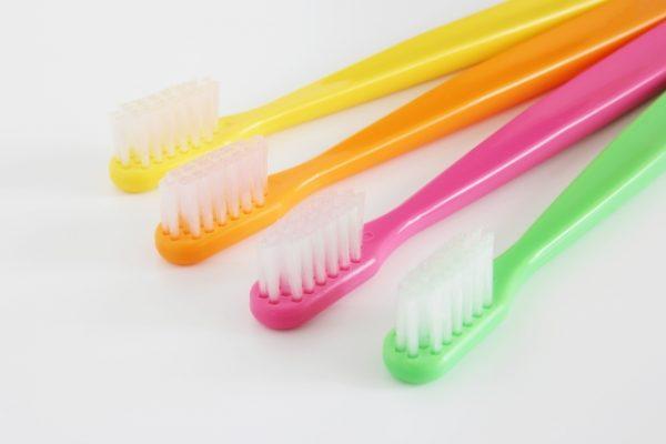 お墓掃除 歯ブラシ
