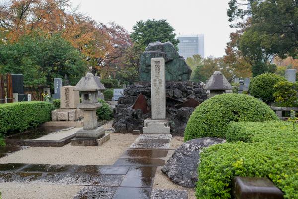 海江田信義 青山霊園 墓