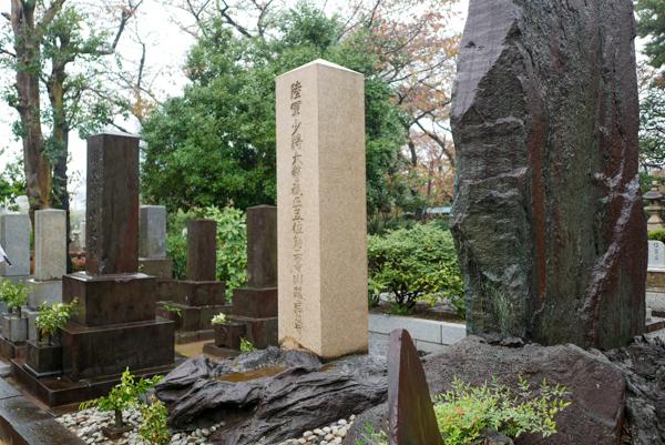 川路利良 青山霊園 墓